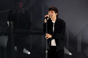 (EDITORIAL USE ONLY. NO COMMERCIAL USE.) Louis Tomlinson performs onstage during 102.7 KIIS FM's Jingle Ball 2019 Presented by Capital One at the Forum on December 6, 2019 in Los Angeles, California.