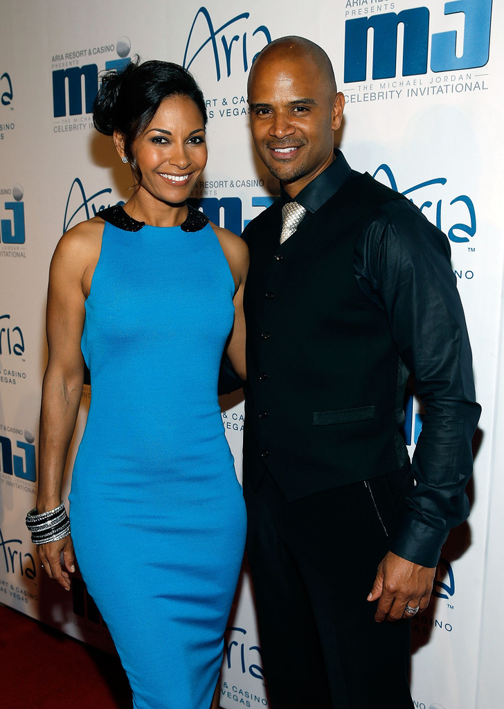 dondre whitfield age