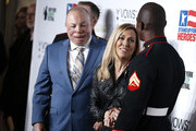 NEW YORK, NEW YORK - NOVEMBER 04  Retired Senior Master Sargeant USAF, Israel del Toro, Sheryl Crow  and retired Corporal USMC, Kionte Storey attend 13th Annual Stand Up For Heroes at The Hulu Theater at Madison Square Garden on November 04, 2019 in New York City.