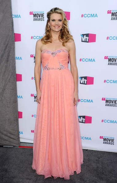 Actress Missi Pyle arrives at the 17th Annual Critics' Choice Movie Awards held at The Hollywood Palladium on January 12, 2012 in Los Angeles, California.