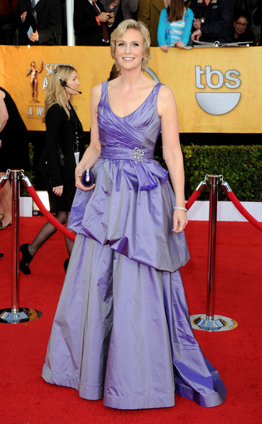 Actress Jane Lynch arrives at the 17th Annual Screen Actors Guild Awards held at The Shrine Auditorium on January 30, 2011 in Los Angeles, California.
