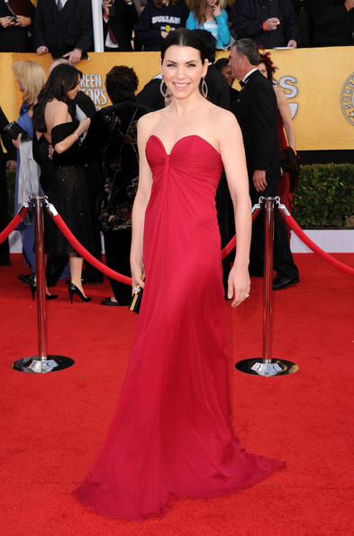 Actress Julianna Margulies arrives at the 17th Annual Screen Actors Guild Awards held at The Shrine Auditorium on January 30, 2011 in Los Angeles, California.