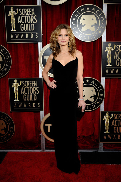 Actress Kyra Sedgwick arrives at the 17th Annual Screen Actors Guild Awards held at The Shrine Auditorium on January 30, 2011 in Los Angeles, California.