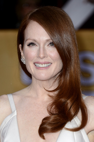 Actress Julianne Moore arrives at the 19th Annual Screen Actors Guild Awards held at The Shrine Auditorium on January 27, 2013 in Los Angeles, California.