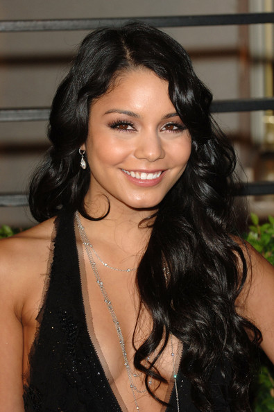Actress Vanessa Hudgens arrives at the 2010 Vanity Fair Oscar Party hosted