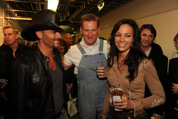 Rory Feek 2010 CMT Music Awards - Backstage And Audience