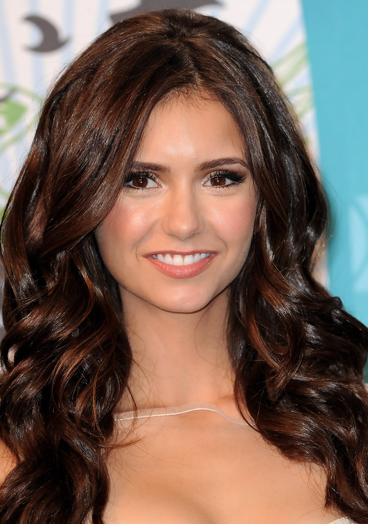 Nina Dobrev Photos Photos 2010 Teen Choice Awards