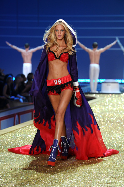 Model Erin Heatherton walks the runway during the 2010 Victoria's Secret Fashion Show at the Lexington Avenue Armory on November 10, 2010 in New York City.