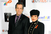 """Liza Minnelli and Kenneth Cole attend the World AIDS Day """"Light for Rights"""" at Washington Square Park on December 1, 2010 in New York City."""