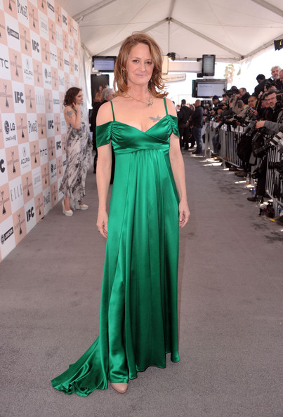 Actress Melissa Leo arrives at the 2011 Film Independent Spirit Awards at Santa Monica Beach on February 26, 2011 in Santa Monica, California.