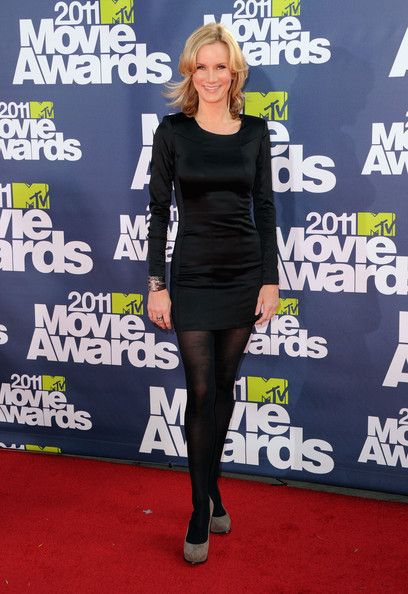 Actress Beth Littleford arrives at the 2011 MTV Movie Awards at Universal Studios' Gibson Amphitheatre on June 5, 2011 in Universal City, California.