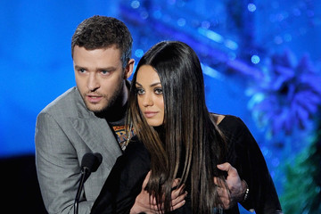 Mila Kunis Gets Groped By Justin Timberlake Pictures