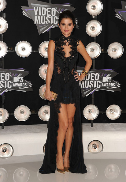 Selena+Gomez in 2011 MTV Video Music Awards - Arrivals