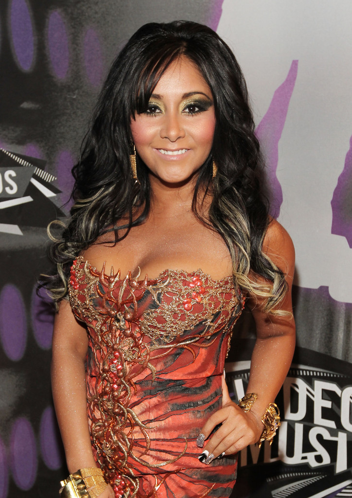 Nicole Polizzi In 2011 Mtv Video Music Awards Red Carpet