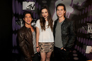 (L-R) Actors Tyler Posey, Crystal Reed, and Dylan O'Brien arrive at the 2011 MTV Video Music Awards at Nokia Theatre L.A. LIVE on August 28, 2011 in Los Angeles, California.