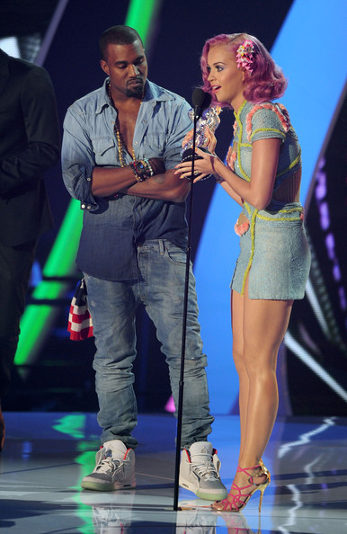 Singers Kanye West (L) and Katy Perry accept the Best Collaboration award onstage during the 2011 MTV Video Music Awards at Nokia Theatre L.A. LIVE on August 28, 2011 in Los Angeles, California.