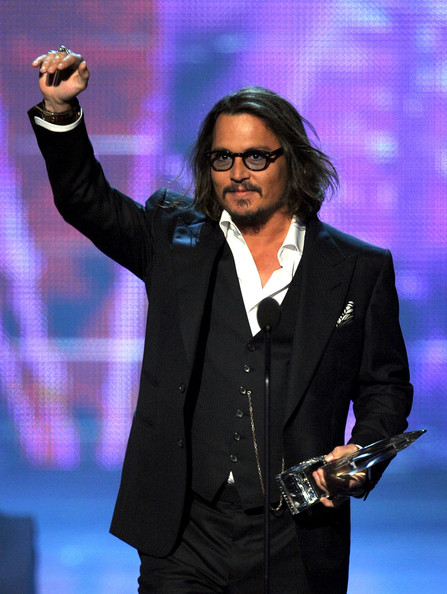 Actor Johnny Depp accepts the Favorite Movie Actor award onstage during the 2011 People's Choice Awards at Nokia Theatre L.A. Live on January 5, 2011 in Los Angeles, California.