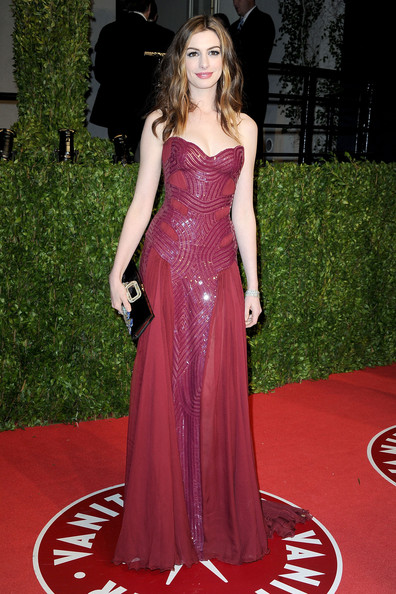 Actress Anne Hathaway arrives at the Vanity Fair Oscar party hosted by Graydon Carter held at Sunset Tower on February 27, 2011 in West Hollywood, California.