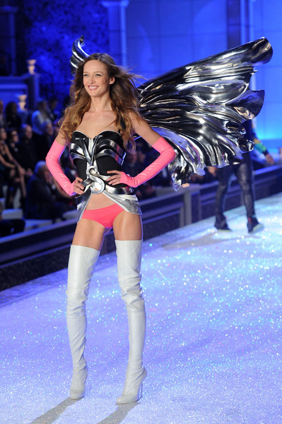 Model Karmen Pedaru walks the runway during the 2011 Victoria's Secret Fashion Show at the Lexington Avenue Armory on November 9, 2011 in New York City.