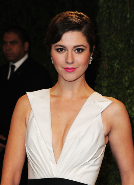 Actress Mary Elizabeth Winstead arrives at the 2013 Vanity Fair Oscar Party hosted by Graydon Carter at Sunset Tower on February 24, 2013 in West Hollywood, California.