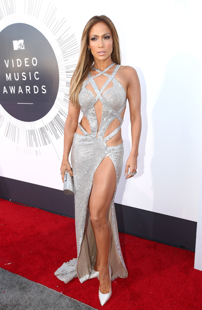 Jennifer Lopez In Arrivals At The Mtv Video Music Awards