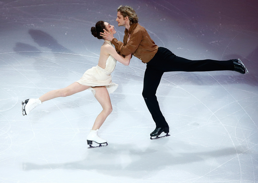dating figure skating pairs These olympics had been billed as a showdown between the canadian and french pairs, with figure skating experts believing a loss for virtue and moir would signal a generational change in the sport.