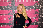 Charlotte McKinney - All the Looks from the 2015 MTV VMAs