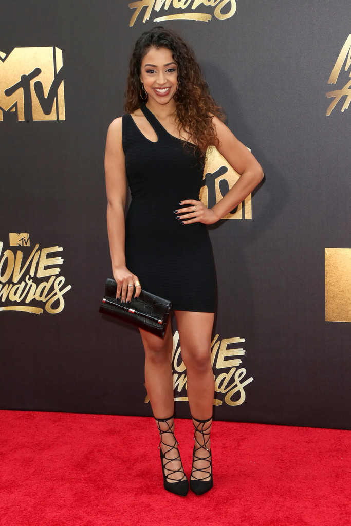 Liza Koshy in 2016 MTV Movie Awards - Arrivals - Zimbio