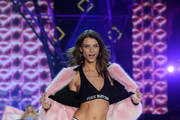 Lais Oliveira walks the runway during the 2016 Victoria's Secret Fashion Show on November 30, 2016 in Paris, France.