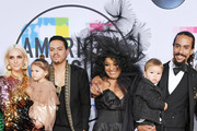 Ashlee Simpson and Diana Ross Photos Photo