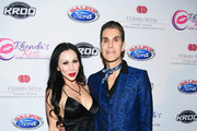 Etty Lau Farrell (L) and Perry Farrell of Jane's Addiction attend the 2017 Rhonda's Kiss Benefit Concert at Hollywood Palladium on December 8, 2017 in Los Angeles, California.  (Photo by Emma McIntyre/Getty Images for Rhonda's Kiss) *** Local Caption *** Etty Lau Farrell; Perry Farrell