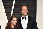Kyla Weber (L) and actor Vince Vaughn attend the 2017 Vanity Fair Oscar Party hosted by Graydon Carter at Wallis Annenberg Center for the Performing Arts on February 26, 2017 in Beverly Hills, California.