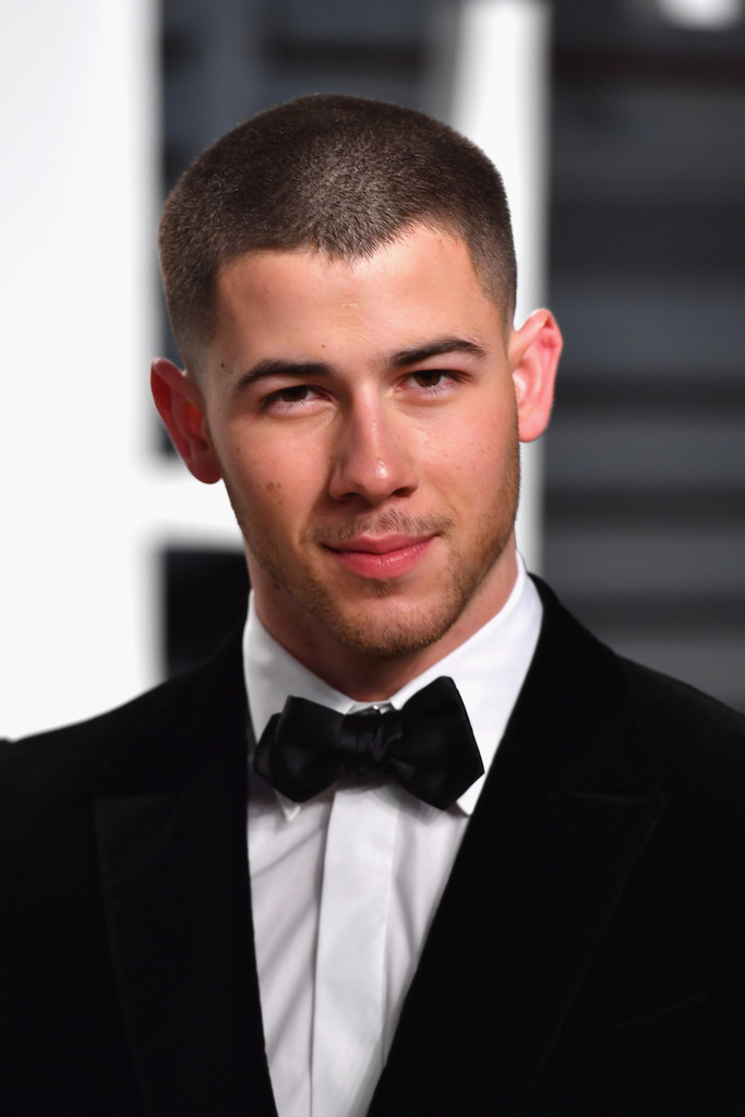 Nick Jonas Photos Photos - 2017 Vanity Fair Oscar Party ...