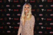 Hannah Davis, partner of Tom Mitchell of the Hawks arrives ahead of the 2018 Brownlow Medal at Crown Entertainment Complex on September 24, 2018 in Melbourne, Australia.