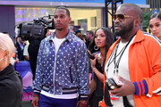 (L-R) Victor Cruz and Karrueche Tran attend the 2018 MTV Video Music Awards at Radio City Music Hall on August 20, 2018 in New York City.