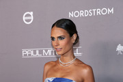 Jordana Brewster attends the 2019 Baby2Baby Gala presented by Paul Mitchell on November 09, 2019 in Los Angeles, California.