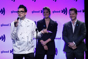 (L-R) Dan Levy, Annie Murphy, and Noah Reid on stage at the 2019 GLAAD Gala at Hyatt Regency in San Francisco on September 28, 2019 in San Francisco, California.