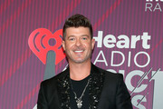 Robin Thicke Photos - 65 of 4263 Photo