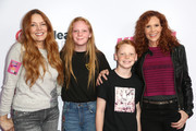 Robyn Lively Photos Photo