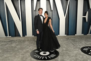(L-R) Miles Teller and Keleigh Sperry attend the 2020 Vanity Fair Oscar Party hosted by Radhika Jones at Wallis Annenberg Center for the Performing Arts on February 09, 2020 in Beverly Hills, California.