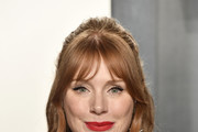 Bryce Dallas Howard attends the 2020 Vanity Fair Oscar Party hosted by Radhika Jones at Wallis Annenberg Center for the Performing Arts on February 09, 2020 in Beverly Hills, California.