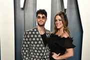 Darren Criss and Mia Swier attend the 2020 Vanity Fair Oscar Party hosted by Radhika Jones at Wallis Annenberg Center for the Performing Arts on February 09, 2020 in Beverly Hills, California.