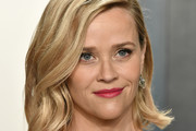 Reese Witherspoon attends the 2020 Vanity Fair Oscar Party hosted by Radhika Jones at Wallis Annenberg Center for the Performing Arts on February 09, 2020 in Beverly Hills, California.