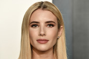 Emma Roberts attends the 2020 Vanity Fair Oscar Party hosted by Radhika Jones at Wallis Annenberg Center for the Performing Arts on February 09, 2020 in Beverly Hills, California.