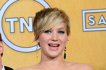 Jennifer Lawrence Managed to Fall Before She Even Hit the Red Carpet