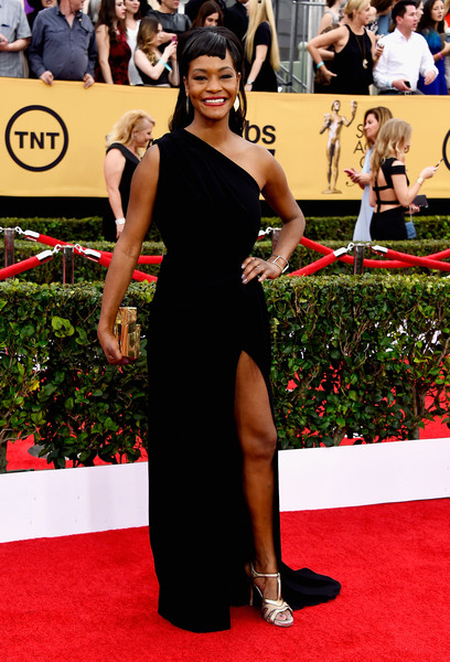 Actress Sufe Bradshaw attends the 21st Annual Screen Actors Guild Awards at The Shrine Auditorium on January 25, 2015 in Los Angeles, California.