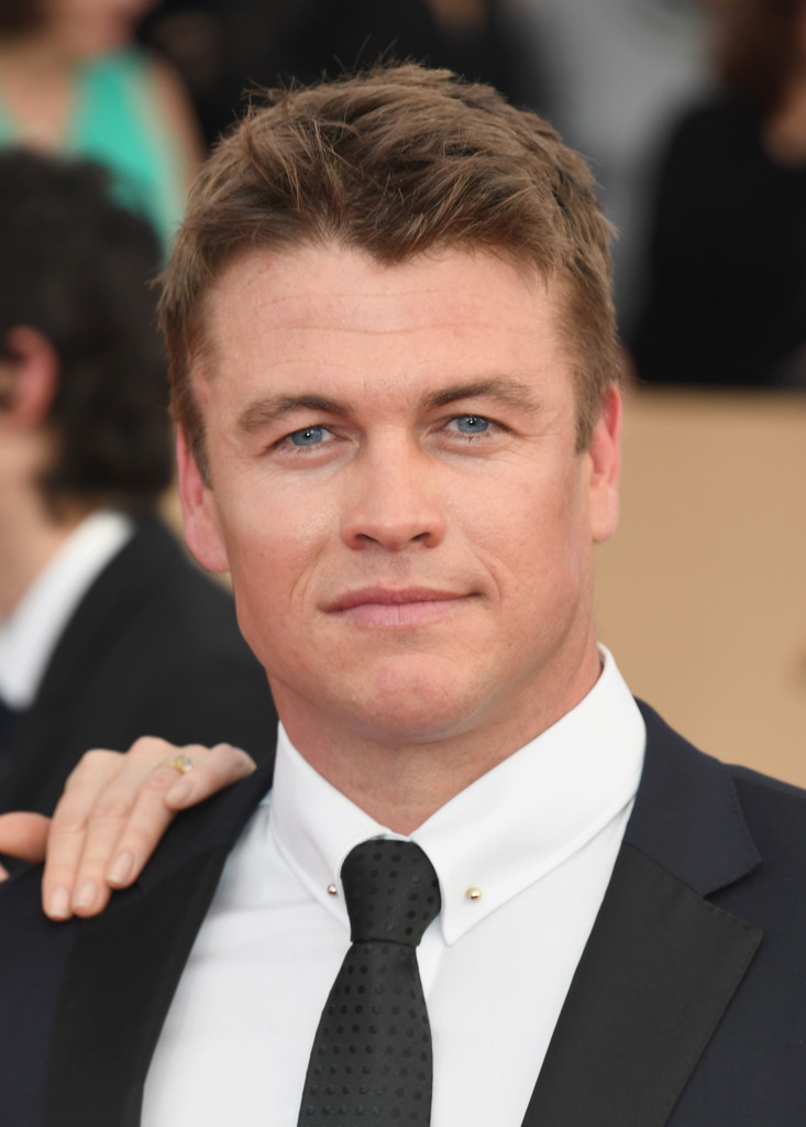 Luke Hemsworth in 23rd Annual Screen Actors Guild Awards ...