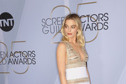 Margot Robbie attends the 25th Annual Screen Actors Guild Awards at The Shrine Auditorium on January 27, 2019 in Los Angeles, California. 480695