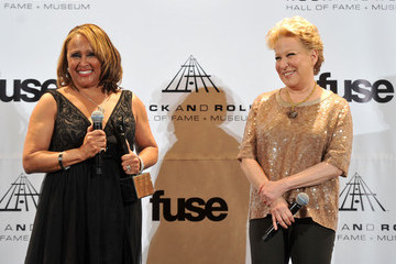 Bette Midler Darlene Love 26th Annual Rock And Roll Hall Of Fame Induction Ceremony - Press Room