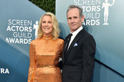 (L-R) Catherine O'Hara and Bo Welch attend the 26th Annual Screen ActorsGuild Awards at The Shrine Auditorium on January 19, 2020 in Los Angeles, California. 721430